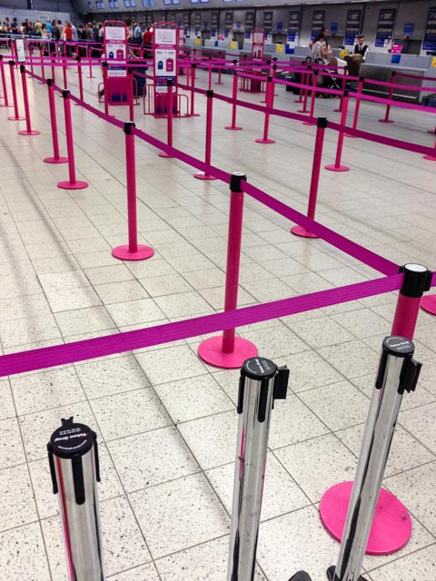 WizzAir queue at Luton, before the chaos